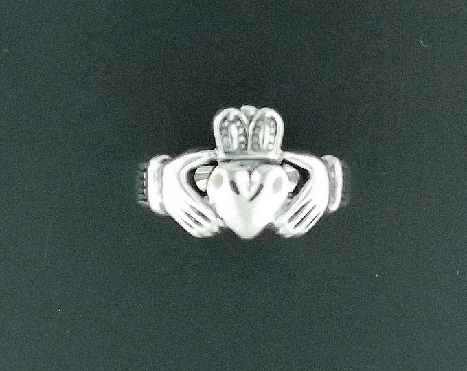 Mens Thick Claddagh Ring in Sterling Silver or Antique Bronze