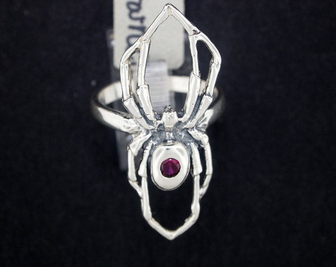 Spider ring with Gemstone in Sterling Silver
