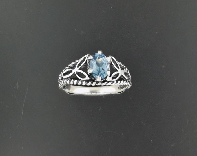 Celtic Knotwork and Gemstone Ring in Sterling Silver