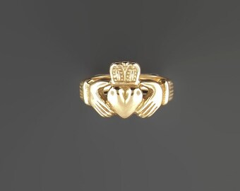 Mens Thick Claddagh Ring in Antique Bronze