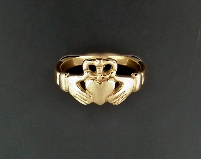 Medium Antique Bronze Claddagh Ring