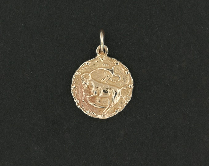 Zodiac Medallion Capricorn in Antique Bronze