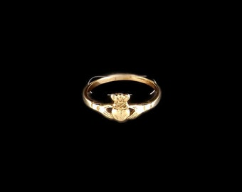 Small Claddagh Ring in Antique Bronze