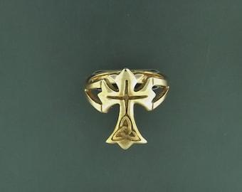 Celtic Cross Ring in Antique Bronze