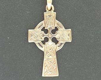 Medium Celtic Cross in Antique bronze