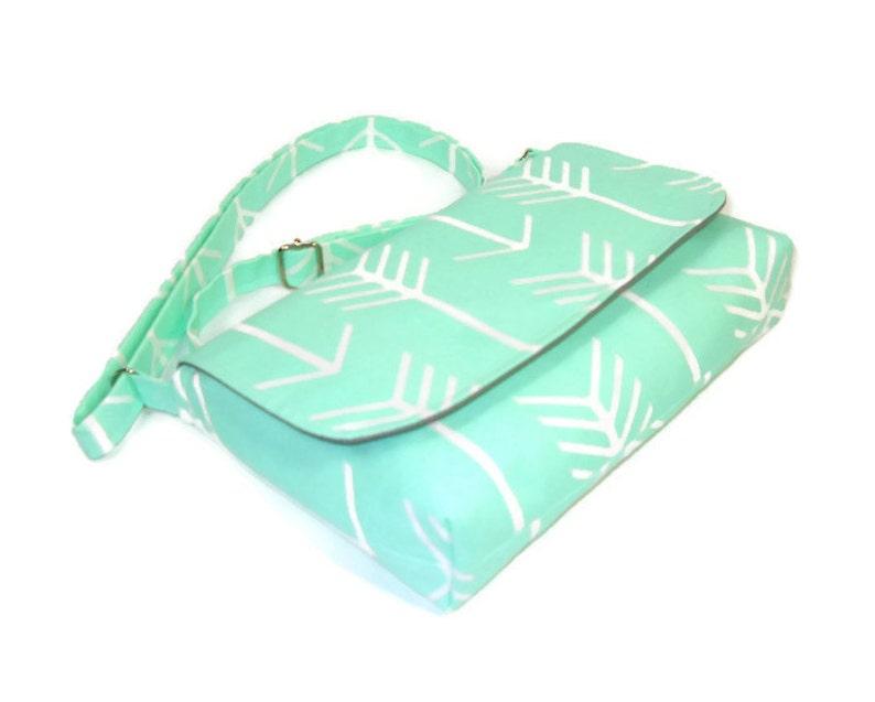 171bb4d74d87d Kleine Mint grüne Handtasche Minze-Pfeil-Handtasche Mini
