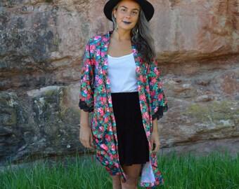 Vintage Duster Floral lumineux dynamique veste Robe dentelle noir