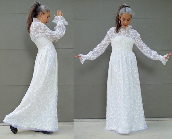 Vintage 60s Lace Wedding Dress High Neck Bridal Dress 1960s Bride Cream Off White
