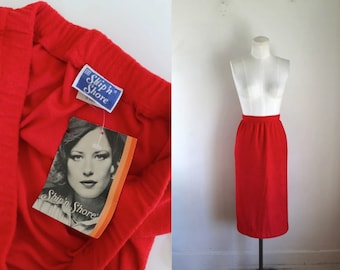 d6c1008f Vintage 1970s Red Terry Cloth Skirt (deadstock) / L