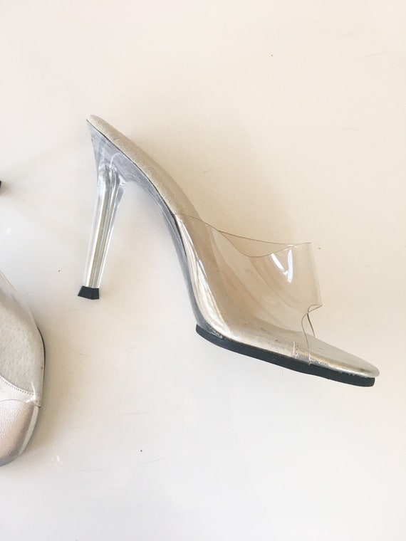 Vintage 1980s Clear Acrylic Mules / size 5