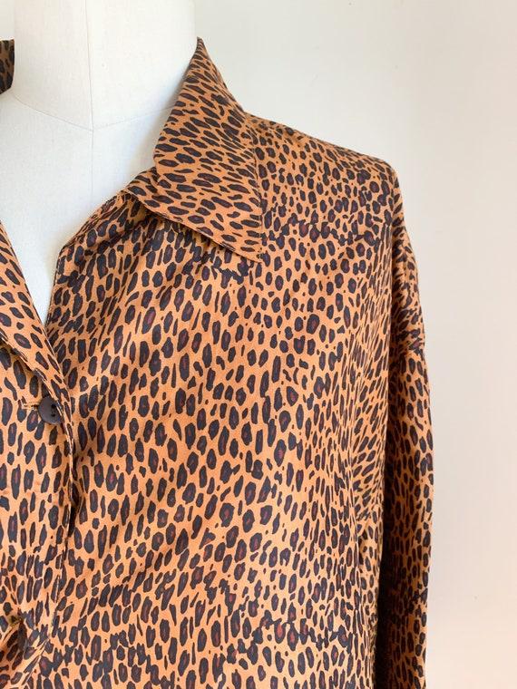 Vintage 1990s Leopard Print Blouse / L - image 4