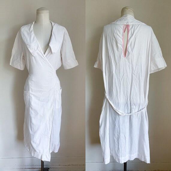 vintage 1920s Nurse Uniform Dress / hospital gown