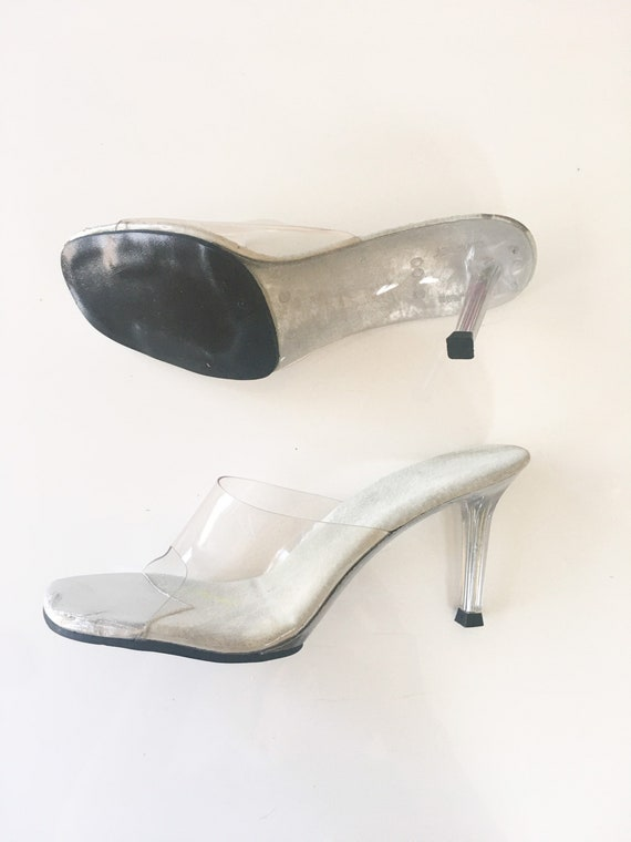 Vintage 1980s Clear Acrylic Mules / size 6