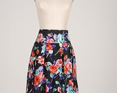 LADY LIKE Pleated SKIRT Street Style Floral Garden Red Roses Full Midi Shaggy Retro look Silk