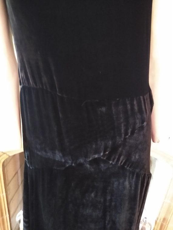 Fantastic 1920s Silk Velvet dress - image 3