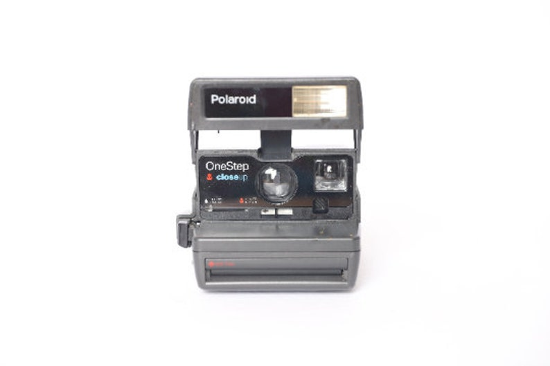 vintage POLAROID camera 1990s SUN 600 tested and in perfect image 0