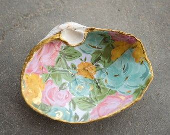 Large shell ring dish - Decoupaged shell - flowers and gold, pink blue and yellow - Gaper clam shell