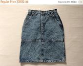 SAVE 20 1980s Denim Acid Wash Skirt High Waist Ladies Extra Small or Small Brody Bootlegger Canada Retro