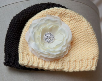 Black and Yellow Newborn Crocheted Flower Hat Set with detachable vintage ivory flower clip. PHOTOGRAPHY Gift Baby 0-6mnts.
