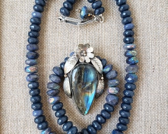 Tibetan Labradorite Necklace, Blue Flash Labradorite Pendant, Long Labradorite Necklace,Mystic Labradorite Beaded Necklace, Tibetan Pendant