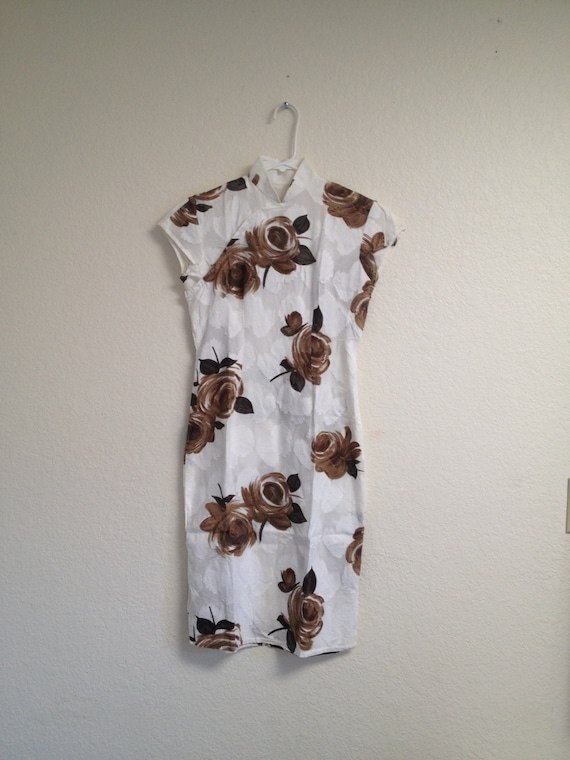 vintage white and brown rose qipao sz S