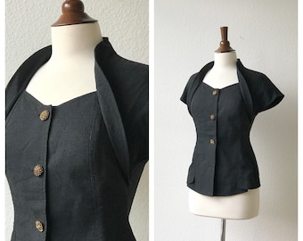vintage bombshell top with large decorative buttons size S