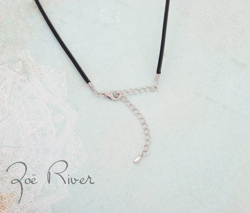 Choose rose gold or silver personalized heart choker Heart initial choker necklace Dainty choker necklace Monogram choker Heart choker.