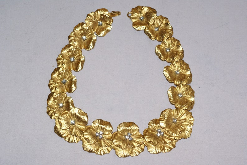 stunning copy of 14kt gold necklace one of a kind piece