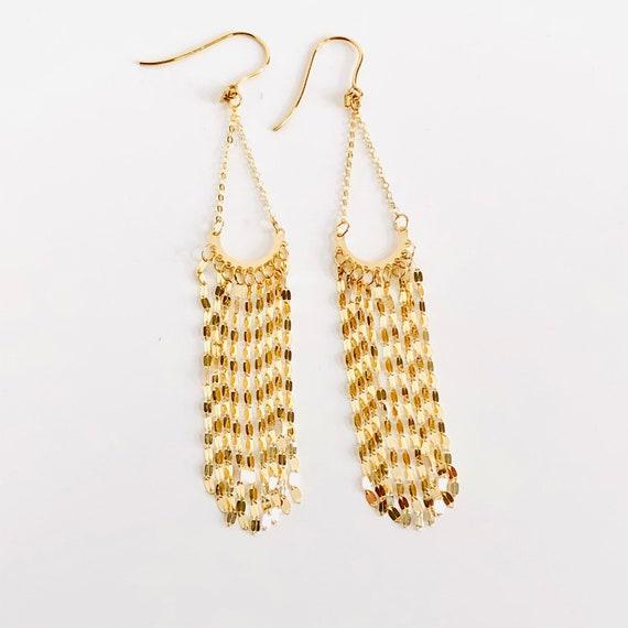 Gold Chain Symmetrical Dangle Earrings