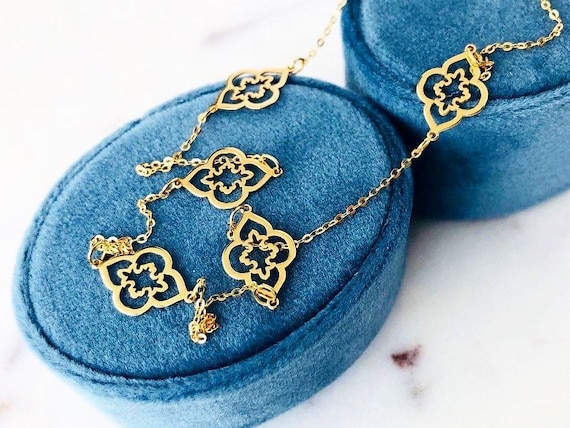 Seven Flowers Gold Necklace Chain