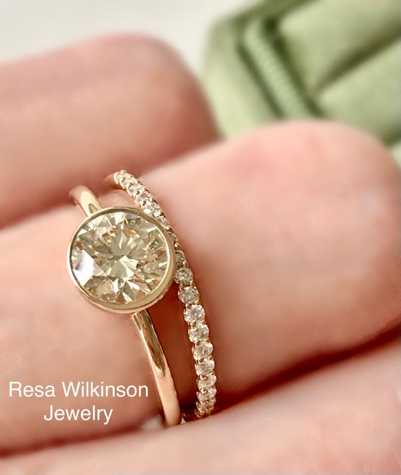 One Carat Champagne Natural Diamond Engagement Ring VS2