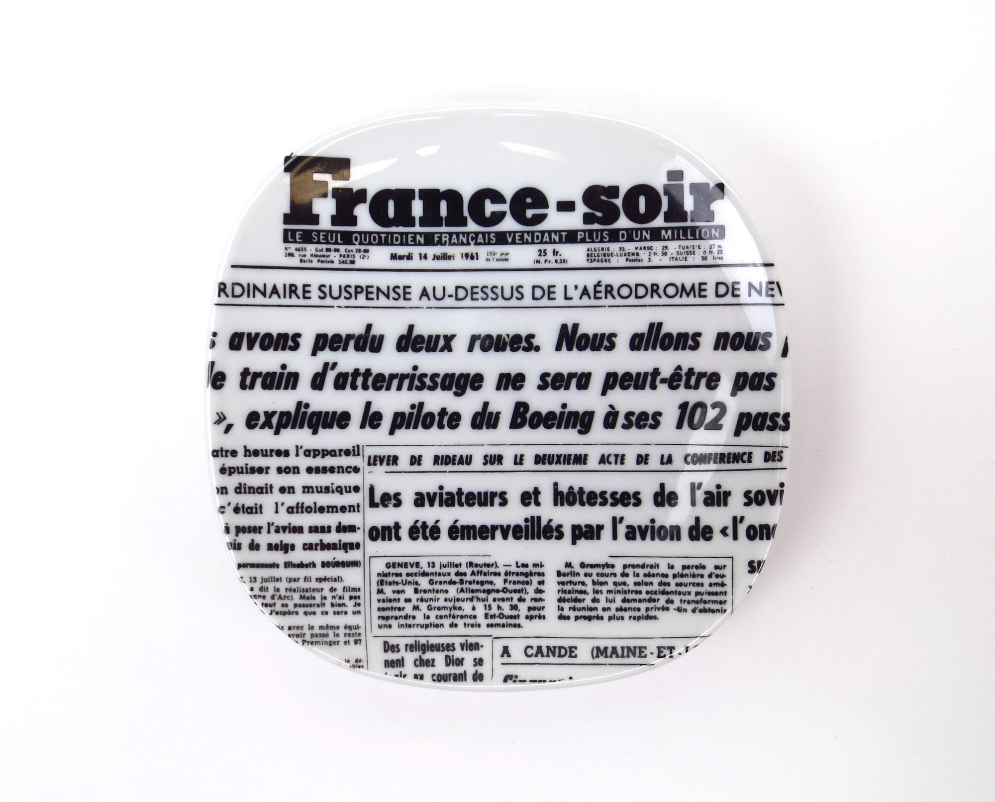 "Création De Rideaux Originaux vintage creation clary limoges france soir 5"" plate fornasetti style"
