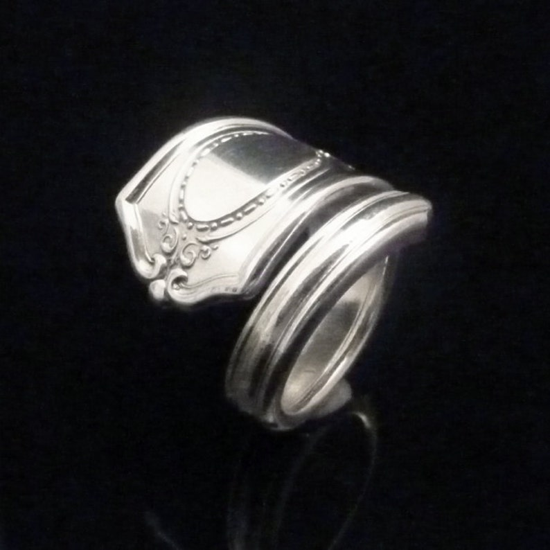 2cb8b4c4b5b65 Victorian Decorative Silver Spoon Ring, Louis XVI 1911