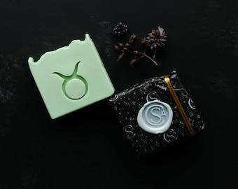 Taurus Zodiac Soap   Apple Pie, Fig & Berries, Oatmeal   Horoscope, Star Sign Gifts