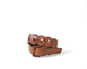 Vintage 70's brown leather belt, size medium