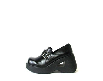 e6544d16a11 Vintage 90 s LEI black chunky wedge heel loafers