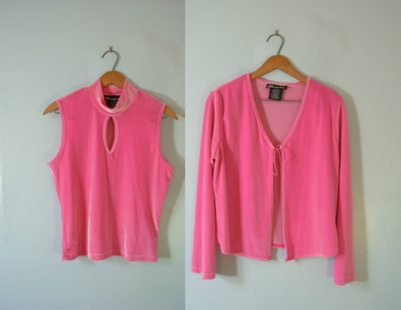 c0a43e79cfa Vintage 90 s hot pink velvet crop top and cardigan set
