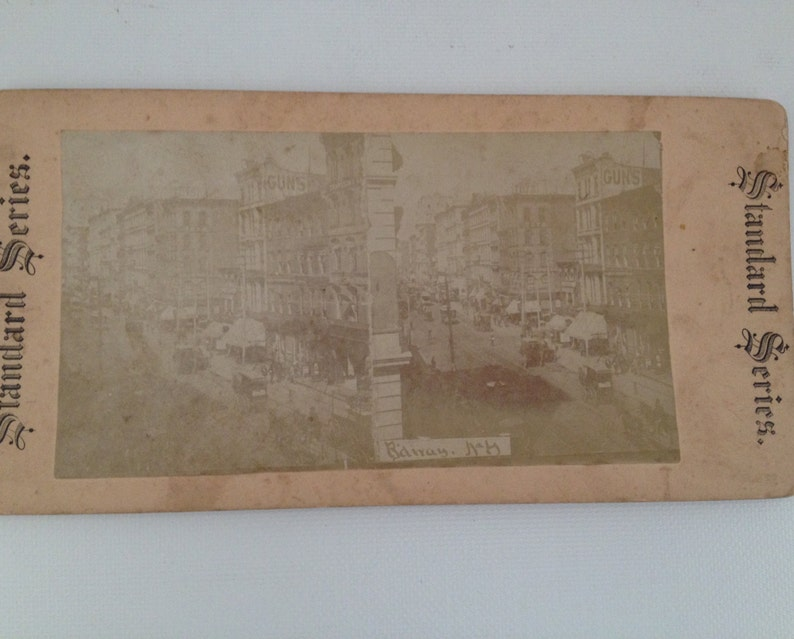 Stereoview Card 1900 Broadway NYC NY Street View Antique Photo image 0
