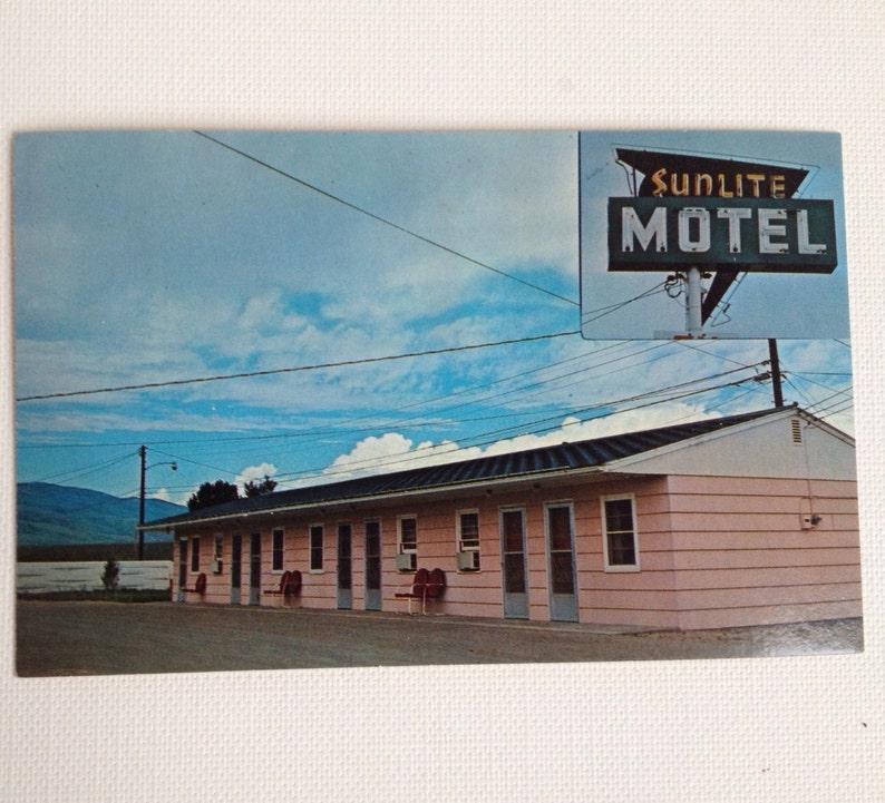 Vintage Postcard Cody WY Sunlite Motel Wyoming Post Card 1960s image 0