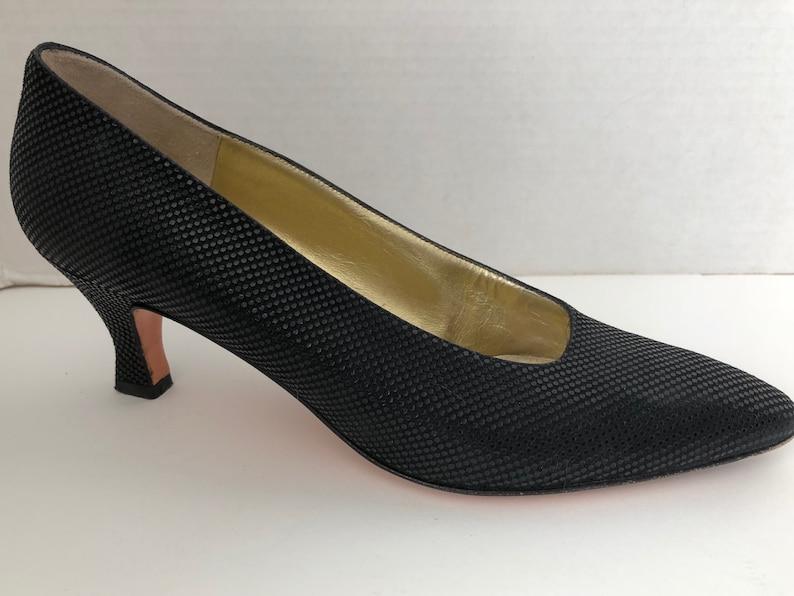 d3a3262aaec Bruno Magli Shoes Womens Size 7.5 AA Narrow Black Heels 7 1 2