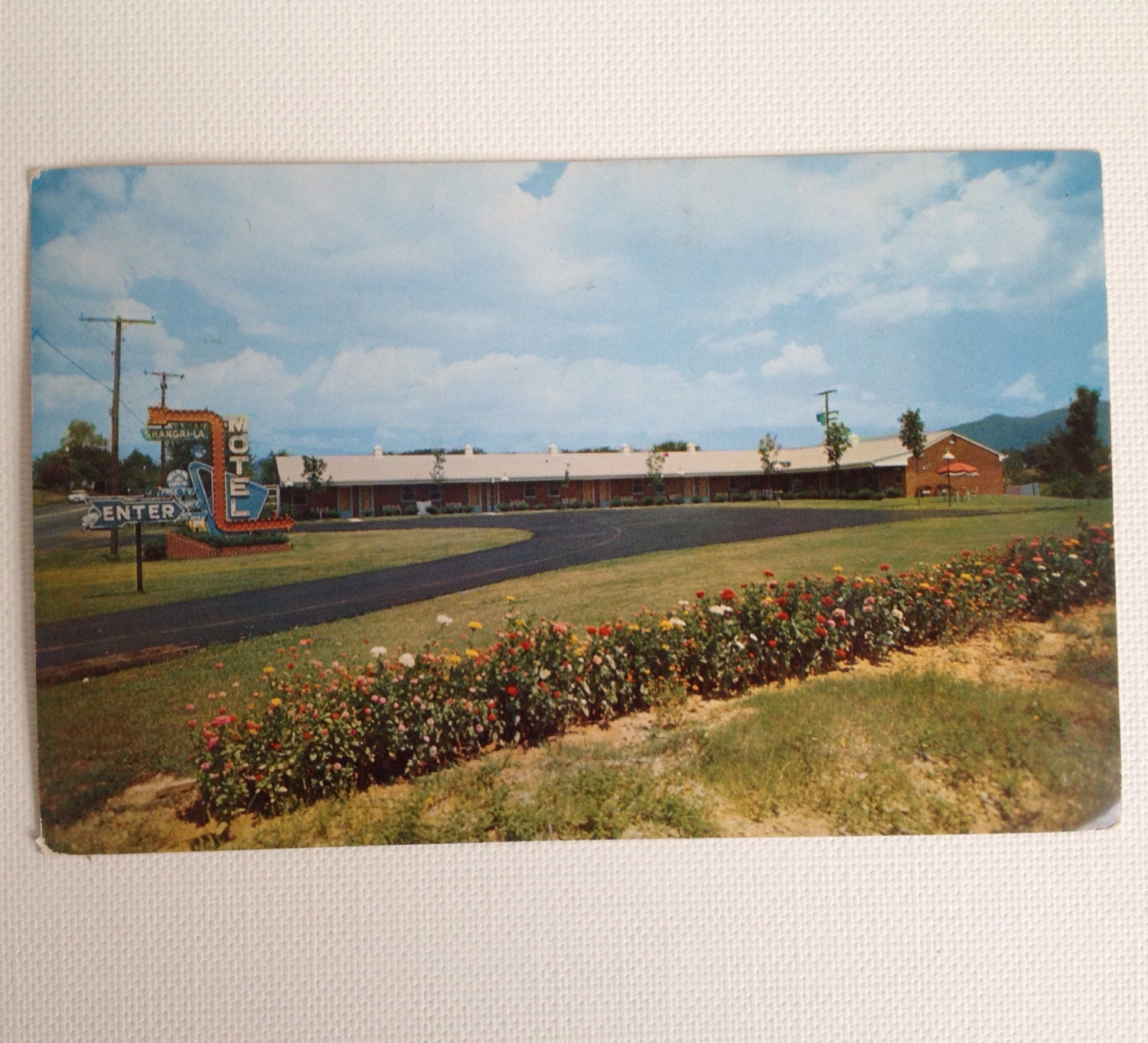 Vintage Postcard Roanoke VA Shangri La Motel 1962 Virginia