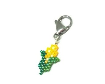 Corn on the Cob Charm - Brick Stitch, Miyuki Delica Beads - for planners, lanyard badge, progress keepers, pendants