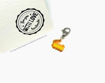 Pumpkin Pie Charm - knitting progress keeper, planner / purse accessories, kawaii food keychain