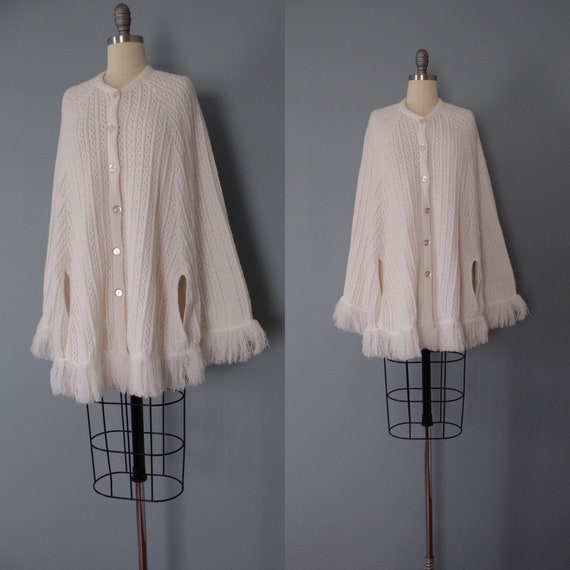 BISQUE white poncho | 1970s fringed poncho | butto