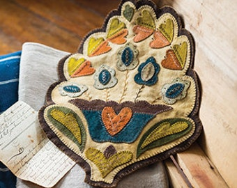 New!  Primitive Folk Art Wool Applique Pattern - FRESH FOLIAGE - Design by Rebekah L. Smith