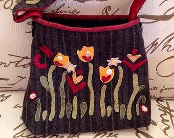 Primitive Folk Art Wool Applique Hand Bag Pattern: MAY FLOWERS - Designed by Sandra McKee of 1894 Cottonwood House
