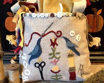 Primitive Folk Art Wool Applique Sewing Bag Pattern: O WOOLY WOOL BAG - Designed by Sandra McKee of 1894 Cottonwood House