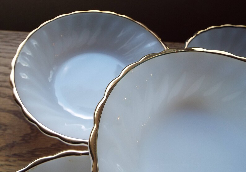 Vintage Anchor Hocking ClassicRachael design~Set of 5 Fruit Bowls with 22Kt Gold Trim