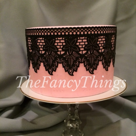 Edible Cake Lace Royal Regal Style Decorative Border for Wedding Cakes