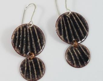 2 disc earring